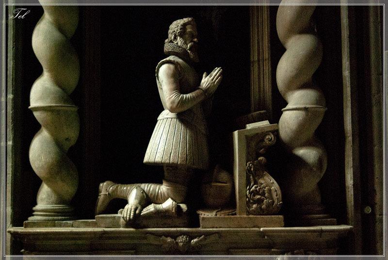 Статуи собора 1