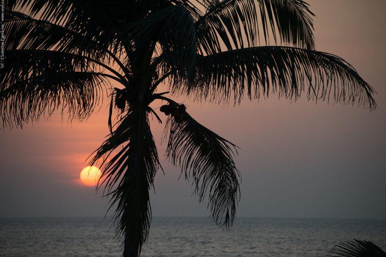 Фото: Закат на Индийском океане.
