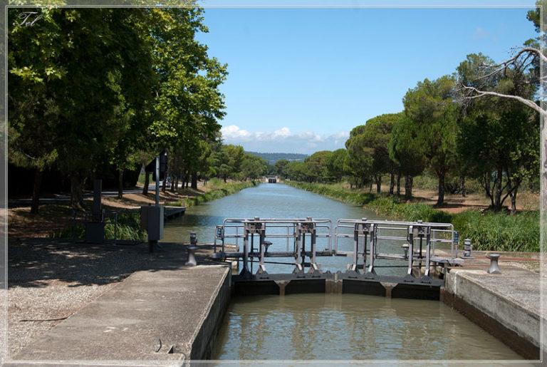 На лодке по du Midi. День шестой. Три  канала.